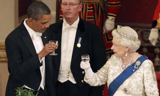 http://ametia.files.wordpress.com/2011/05/banquet-at-buckingham-palace15.jpg?w=610