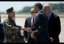 US President Barack Obama (C) and Vice P