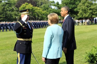 Angela Merkel Guard of Honor27