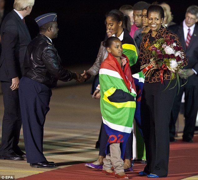 June 21 2015 Malia Sasha And Michelle Obama Leaving: First Lady Michelle Obama, Daughters Malia & Sasha Leave