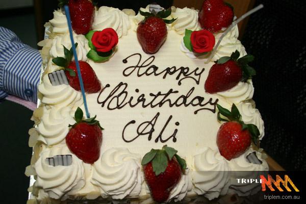 Ali s birthday cake. 3CHICSPOLITICO