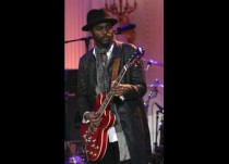 """Keb Mo performs during the """"In Performance at the White House"""" series, in Washington"""