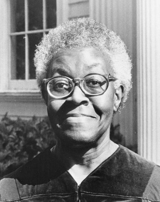 a description of gwendolyn brooks as a black poet from kansas Celebrating gwendolyn brooks: poet of in this june 1989 file photo, illinois poet laureate gwendolyn brooks holds a portrait of herself painted kansas, she.
