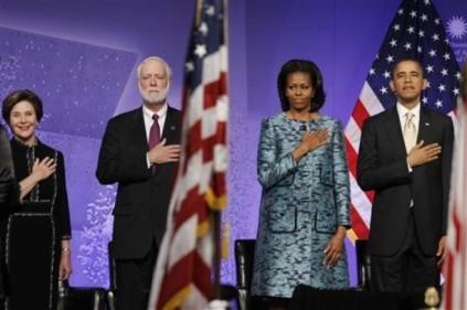 Barack Obama, Michelle Obama, Wayne Clough, Laura Bush