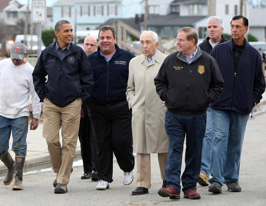 Christie and Obama Tour32