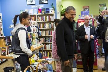 Book shopping15