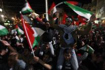 Palestinians celebrate20