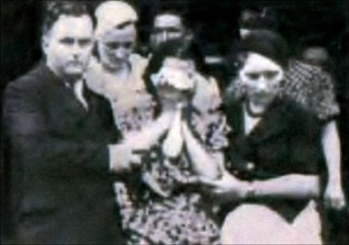 Bonnie Parker's mother at her funeral