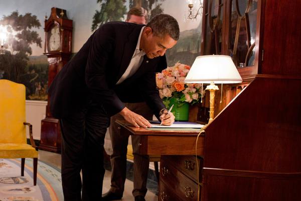 President Obama signs Sandy flood aid bill