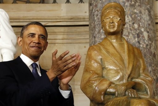 Potus with Rosa Parks statue