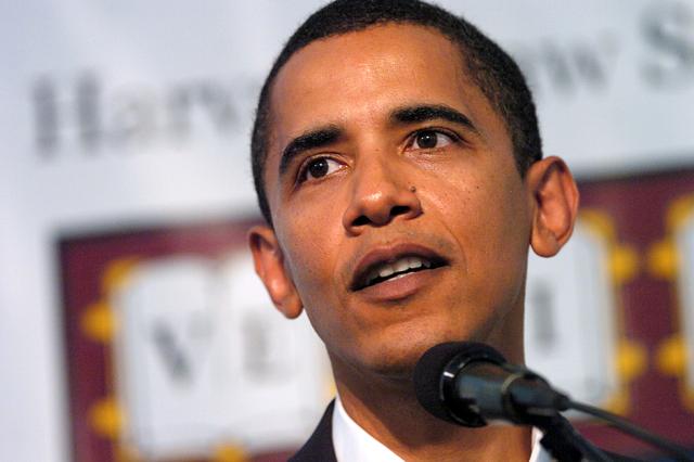 "Sept. 17, 2005. The Hon. Barack H. Obama, HLS '91, U.S. senator for Illinois, gives the keynote address, ""Celebrating the Achievements of Black Alumni,"" at the Harvard Law School Association Award Luncheon."