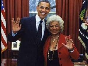 UHURA-obama-startrekx-large