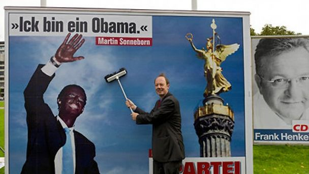 11-politics-racist-attacks-against-obama-german-comedian-black-face-martin-sonneborn