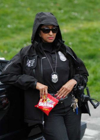 Officer cookie seattle police1