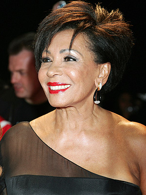 shirleybassey-gal-fashionrocks