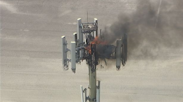 Cell_tower_fire_7