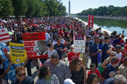MOW- Thousands line up near the Lincoln Memorial on August 24, 2013, to mark the 50th anniversary of the March on Washington (AFP, Paul J. Richards)