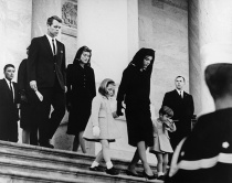 President's Family leaves Capitol after Ceremony. Caroline Kenne