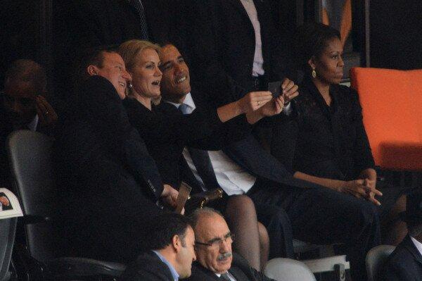 funeral selfie- Obama