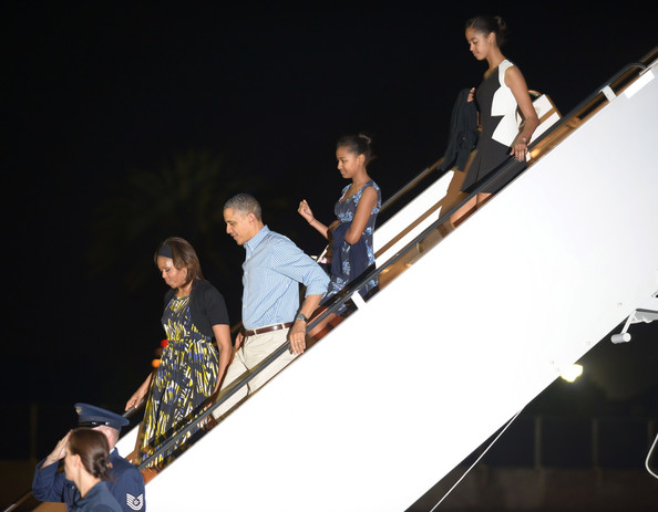 Michelle+Obama+President+Obama+Arrives+Holiday+6Vky5X1mVnol