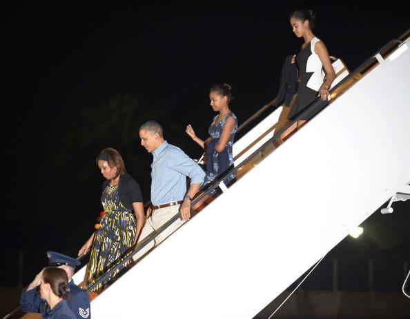 Michelle+Obama+President+Obama+Arrives+Holiday+6Vky5X1mVnol