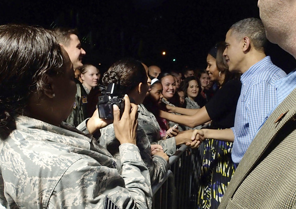 Michelle+Obama+President+Obama+Arrives+Holiday+cbAyXGJ1tqul