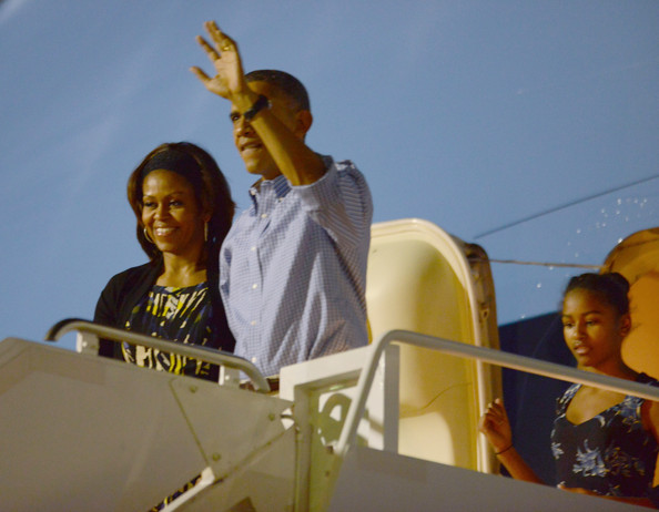 Michelle+Obama+President+Obama+Arrives+Holiday+oGdRhFyaHLSl