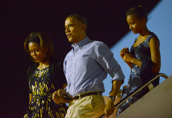 Michelle+Obama+President+Obama+Arrives+Holiday+VPNNF1y6Q6bl