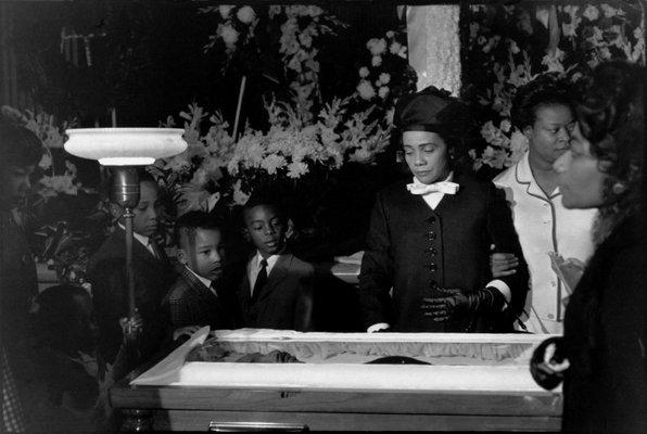 Dr King Coretta Scott King At Mlk Funeral 1968