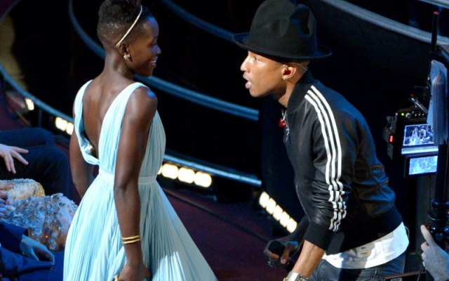 LUPITA-PHARELL-HAPPY1393827680905_cached