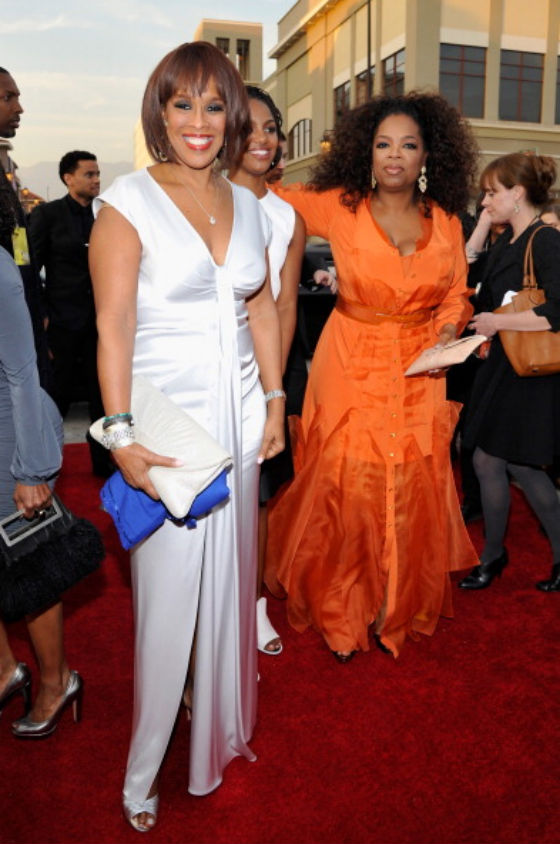 Oprah-Winfrey-and-Gayle-at-the-NAACP-Image-Awards