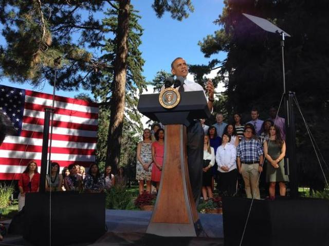 20140709__obama-cheesman-park~p1