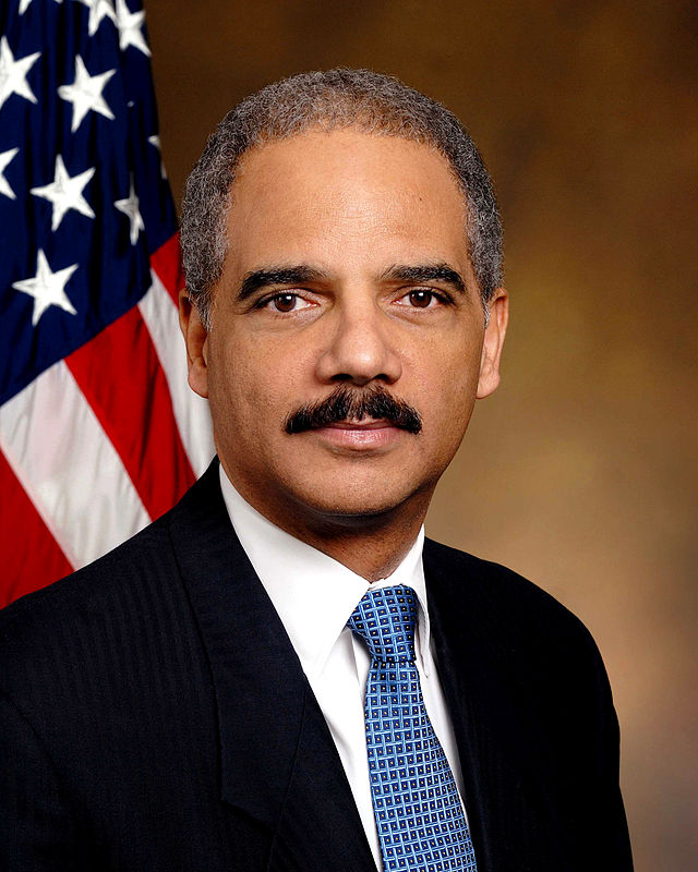 640px-Eric_Holder_official_portrait