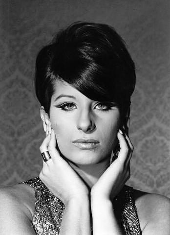 Barbra-Streisand-barbra-streisand-4749038-348-480