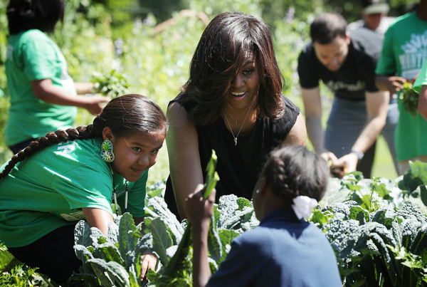 Michelle+Obama+Michelle+Obama+Students+Harvest+7AUlFf1GeI5l