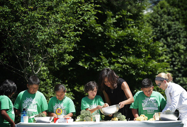Michelle+Obama+Michelle+Obama+Students+Harvest+hnBB6Y4g9All