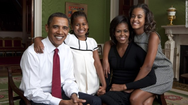 150406105325-obama-family-portrait-2009-exlarge-169