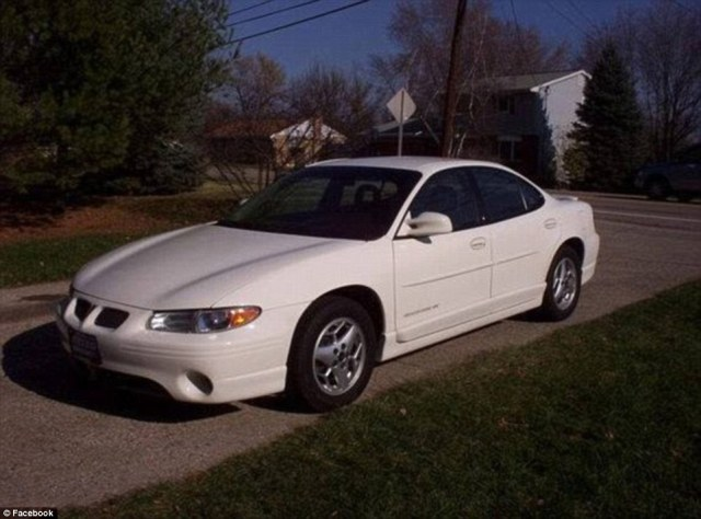 todd-kohlhepp-carvers-car-a-2002-white-pontiac-grand-prix-with-a-south-carolina-license-plate-number-hwy124-was-found-on-the-property-on-thursday