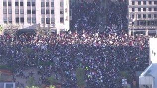 women-march-17-los-angeles