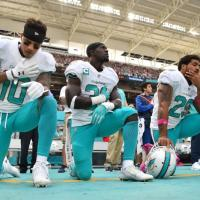 "Dolphins safety Michael Thomas get emotional when talking about Trump calling him ""a son of a bitch"""