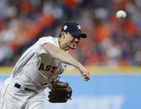 Houston Astros starting pitcher Charlie Morton (50) pitches during the first inning of Game 4 of the World Series at Minute Maid Park on Saturday, Oct. 28, 2017, in Houston. ( Brett Coomer / Houston Chronicle )