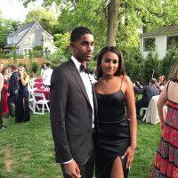 Sasha Obama goes to the prom
